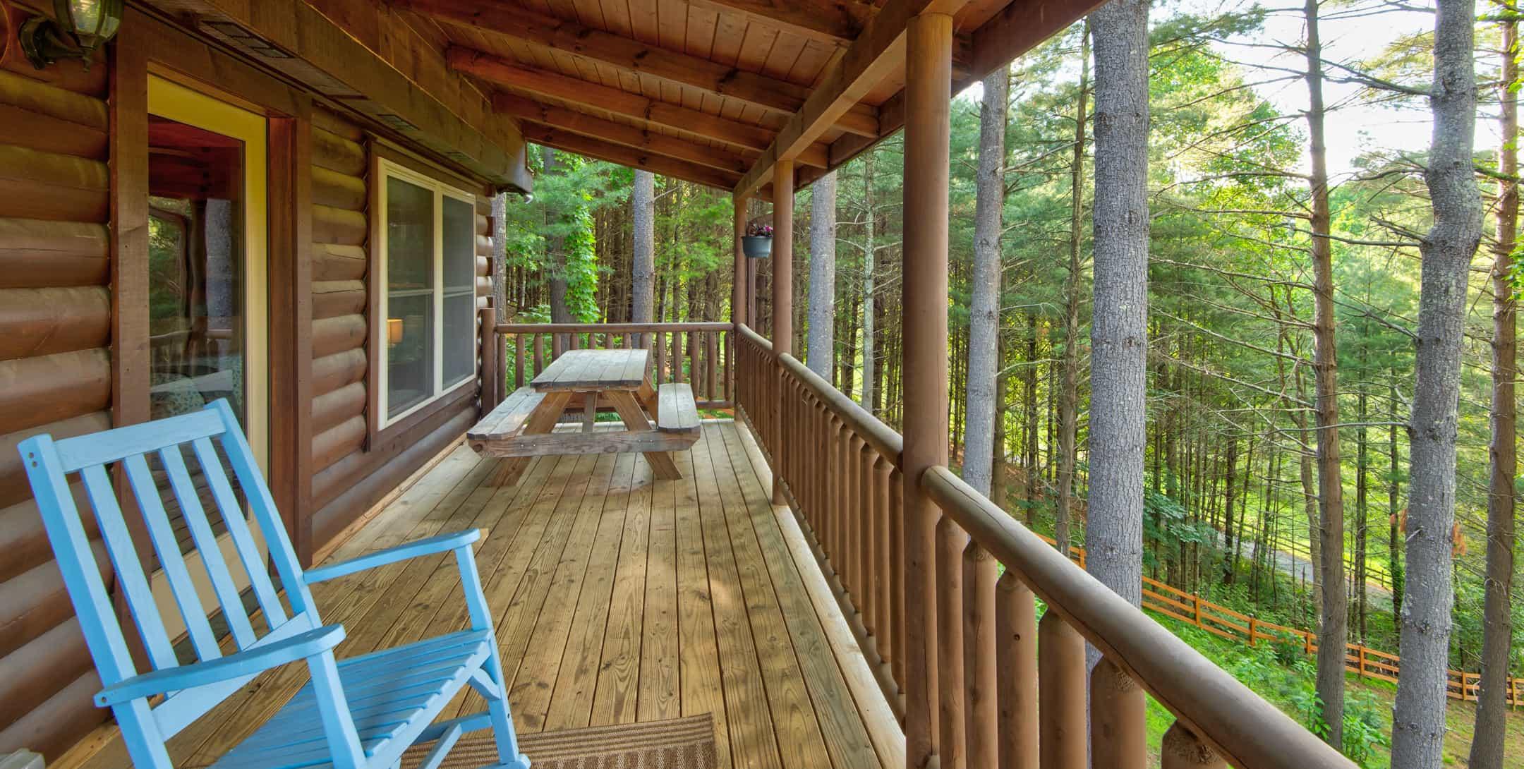 Back deck of the Mam's Refuge Cabin