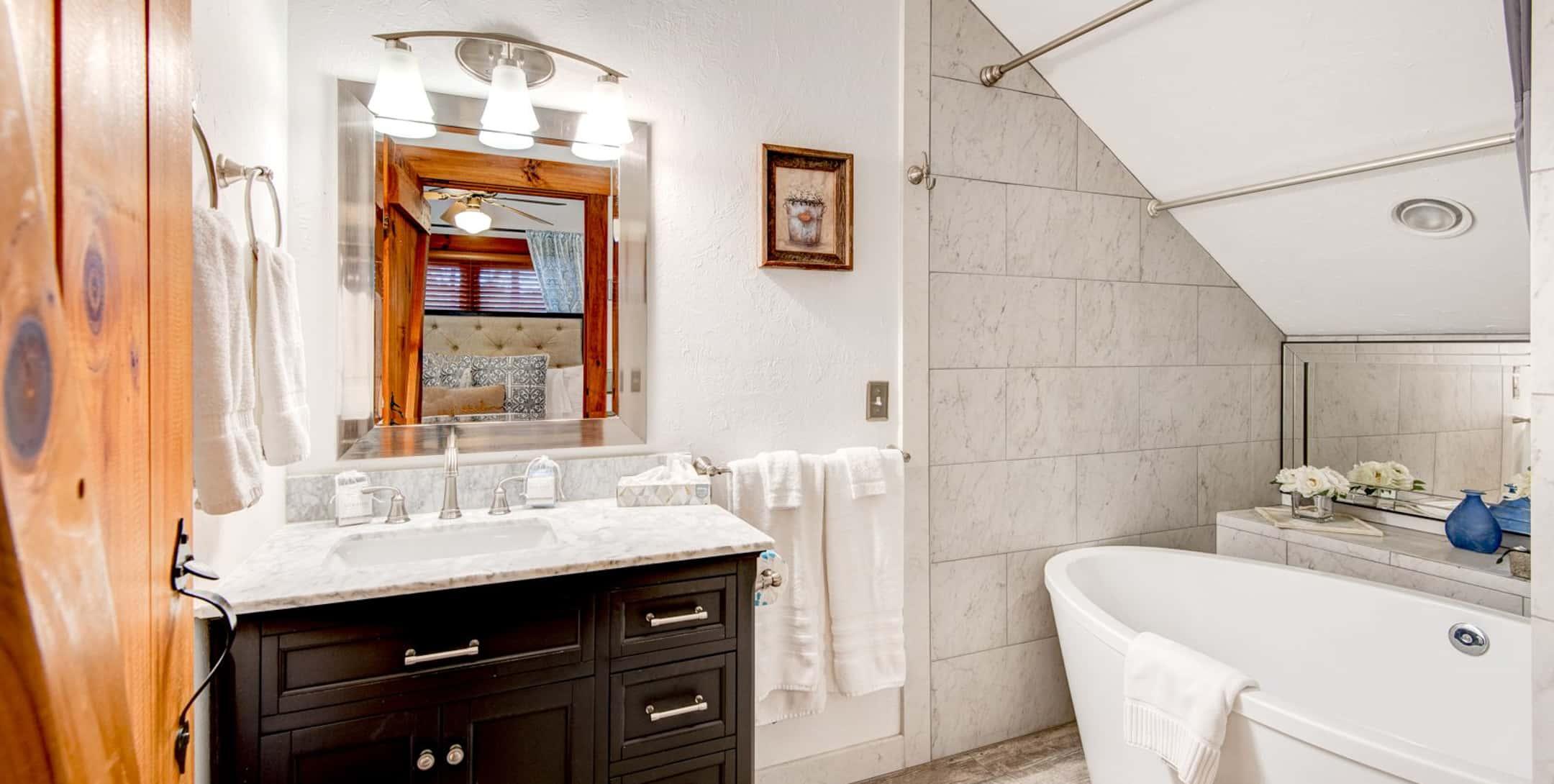Raspberry Hill bathroom with a large deep soaking tub
