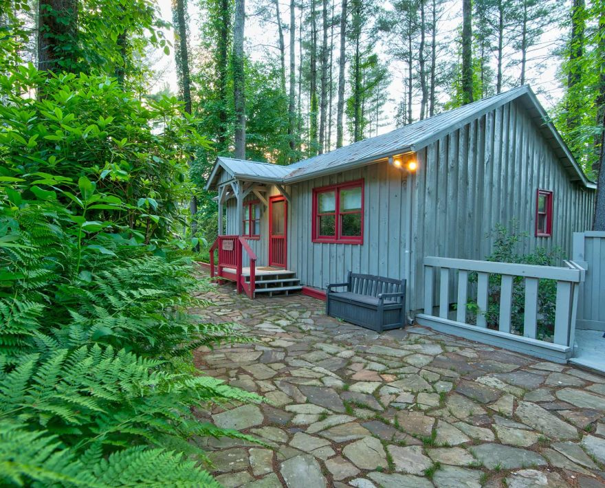 Maple Spring Cabin