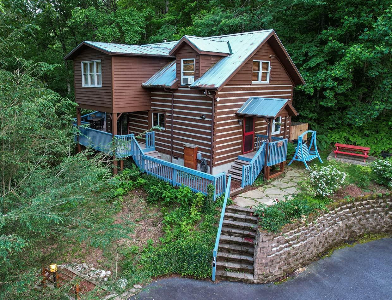 Raspberry Hill Cabin - North Carolina Mountain Retreat